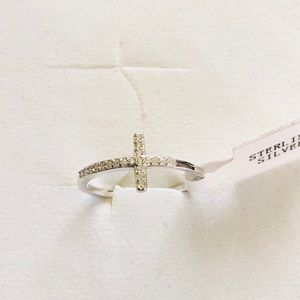 Jewelry - .925 sterling silver cross Ring size 7